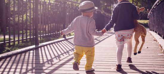 how to help your sentimental child with minimalism, minimalism and the sentimental child, sentimental children and minimalism