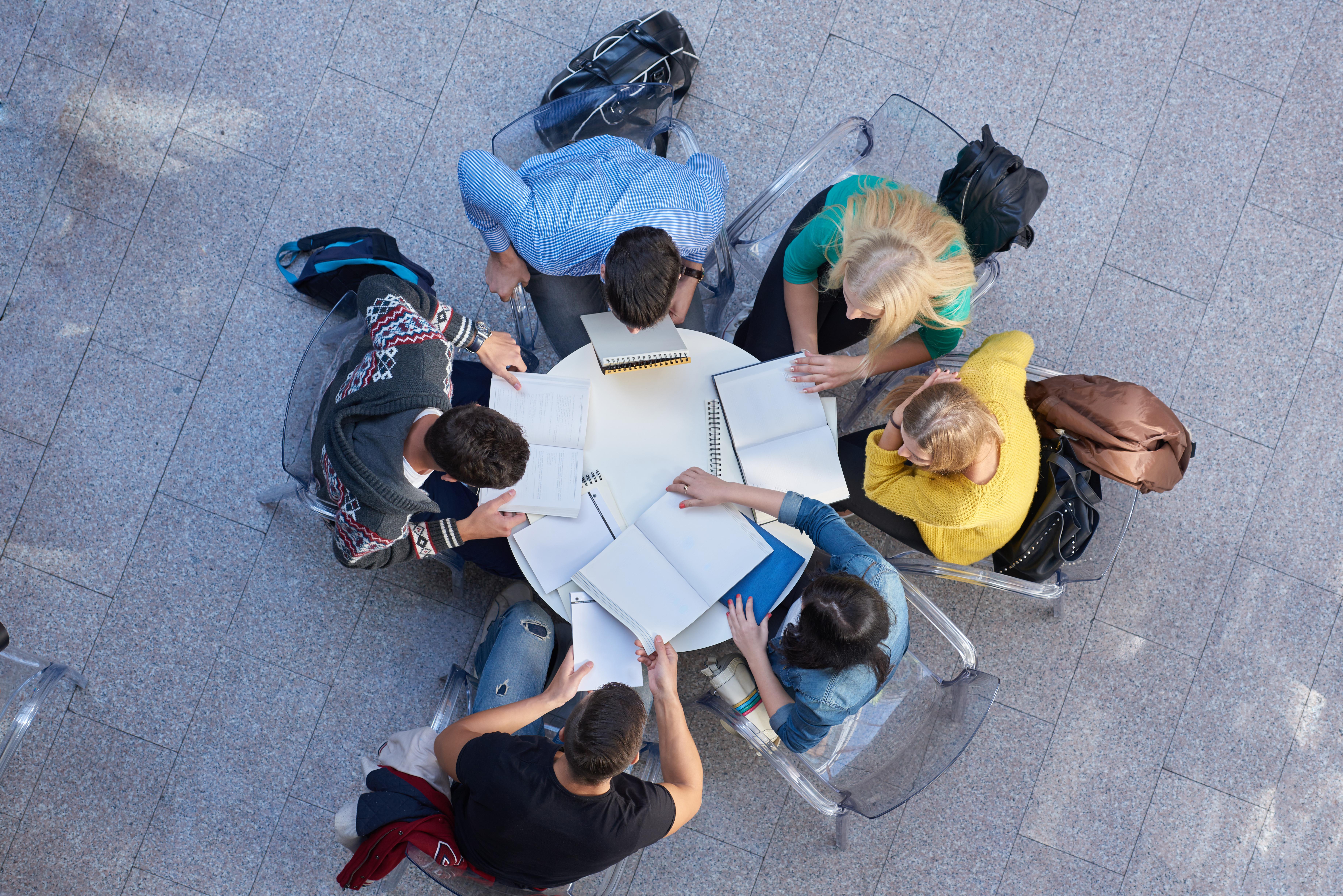 beginner bloggers recommending blogging courses